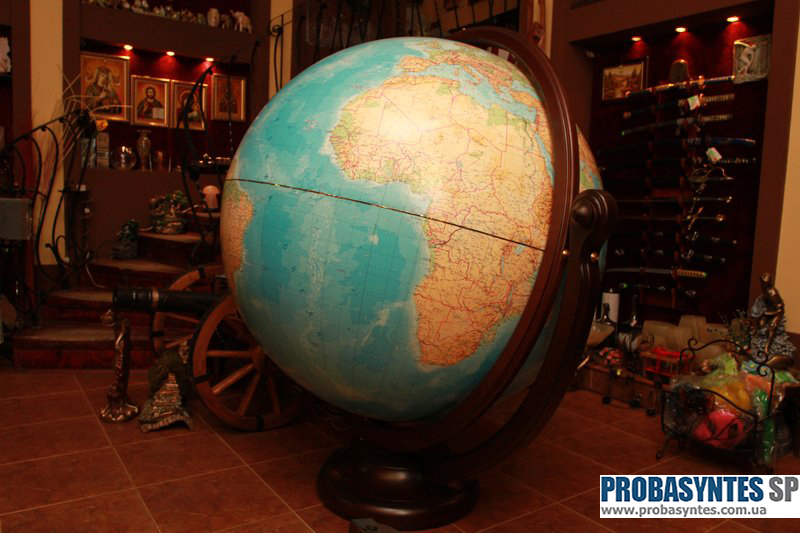 Глобус Класік